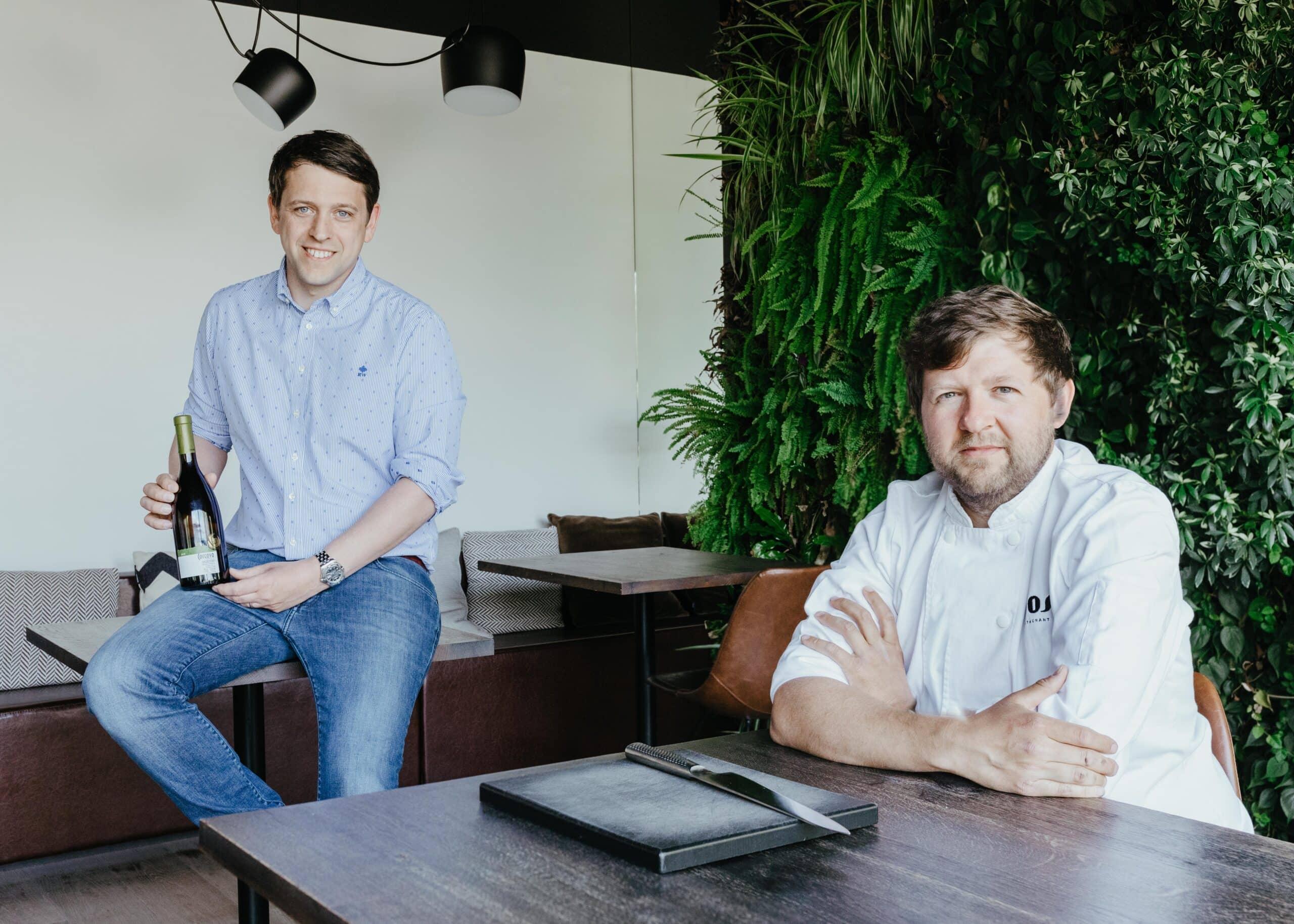 Lees meer over het artikel Restaurant Vos en Jean lanceren samen aperobag